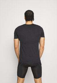 Oakley - BARK - Print T-shirt - black - 2