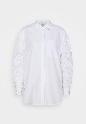 GATHERED - Button-down blouse - white