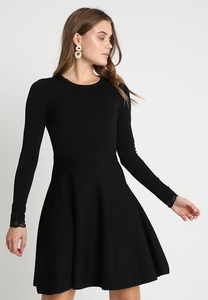 YASBECCO DRESS - Sukienka dzianinowa - black