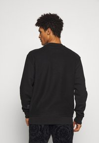 Versace Jeans Couture - CREW - Sweatshirt - black - 2