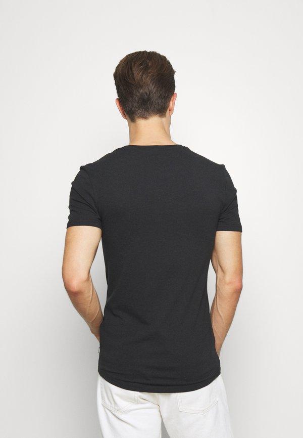 Pier One T-shirt basic - black/czarny Odzież Męska PTPS