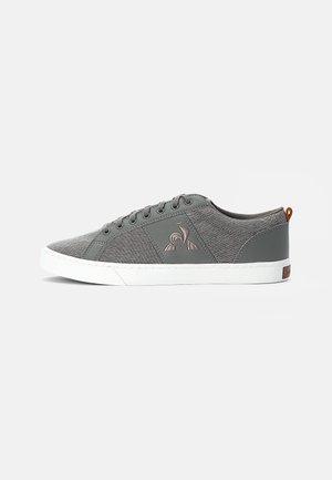 VERDON CLASSIC - Sneakers laag - grey