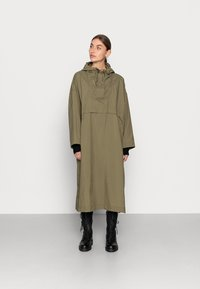 ARKET - Waterproof jacket - green - 0