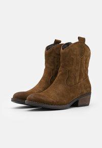 Coolway - JULES - Cowboy/biker ankle boot - brown - 2