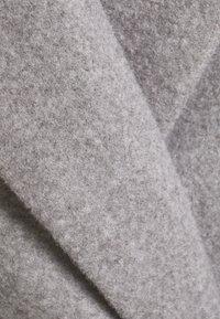 Vila - VIPAKA COOLEY TIE BELT  - Klassinen takki - light grey melange - 6