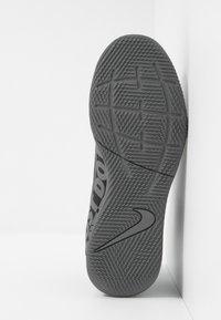 Nike Performance - MERCURIAL 7 CLUB IC - Indoor football boots - black/metallic cool grey/cool grey - 5