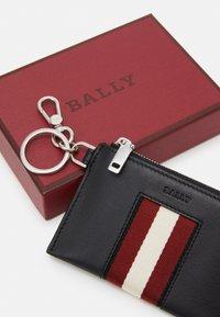Bally - Portafoglio - black/bone/red - 4