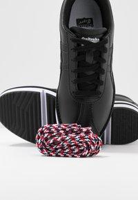 Onitsuka Tiger - Sneakersy niskie - black - 7