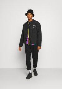 Nike Sportswear - Allvädersjacka - black/white - 1
