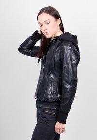 Freaky Nation - GLANCE UP-FN - Leather jacket - black - 3