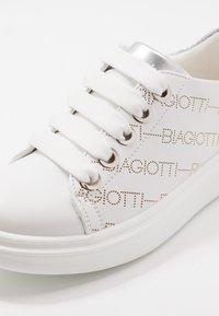 Laura Biagiotti - Tenisky - white - 2