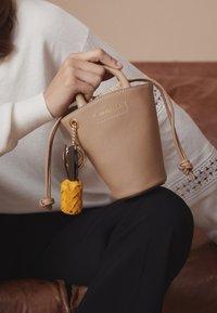 See by Chloé - CECILIA SMALL TOTE - Handbag - coconut brown - 5