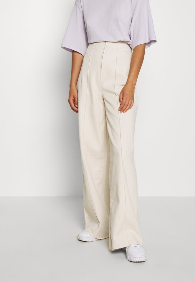 CORSET  - Široké džíny - ecru