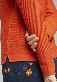 TOM TAILOR - SWEATER NEW OTTOMAN - Jumper - knockout orange - 3