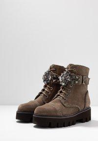 Alma en Pena - Platform ankle boots - crosta taupe - 4