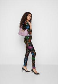 Versace Jeans Couture - BUCKLE SHOULDER BAG - Handbag - lavander - 6