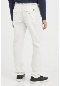 Blend - MENNIX  - Kalhoty - Offwhite - 2