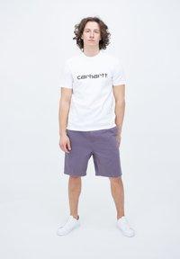 Carhartt WIP - CARSON  - Shorts - provence - 1