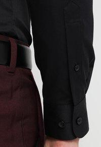 Selected Homme - PELLE - Business skjorter - black - 5