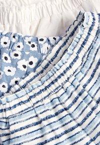Next - BLUE/WHITE 3 PACK SHORTS (3MTHS-7YRS) - Shorts - blue - 5