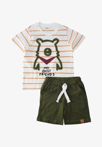 SET - Shorts - off-white