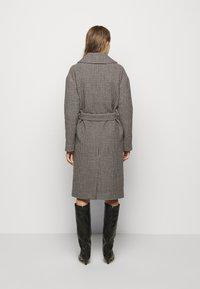 DESIGNERS REMIX - ISABELLE BELTED COAT - Klasický kabát - multi colour - 2