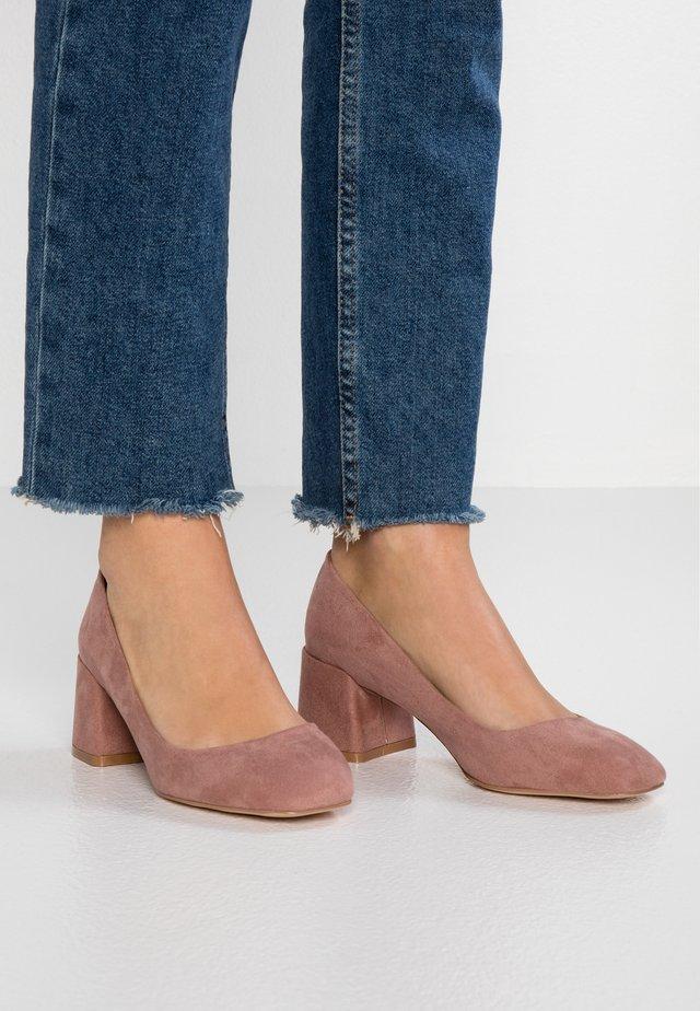 WIDE FIT WANDICE - Classic heels - nude