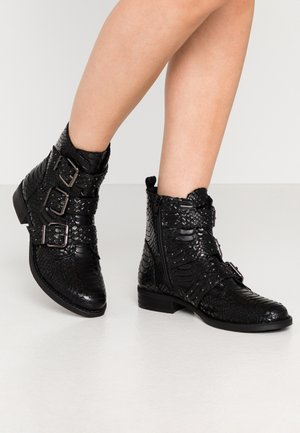 DREW - Cowboy/biker ankle boot - black