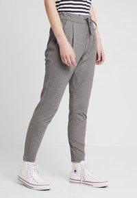 Vero Moda - VMEVA LOOSE STRING PANTS - Trousers - medium grey - 0
