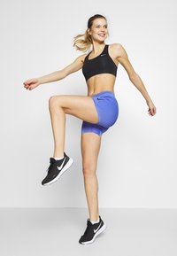 Nike Performance - AEROSWIFT SHORT - Legging - sapphire/black - 0
