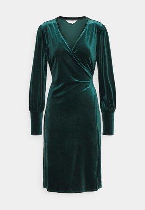 VANILLA - Koktejlové šaty/ šaty na párty - ponderosa pine