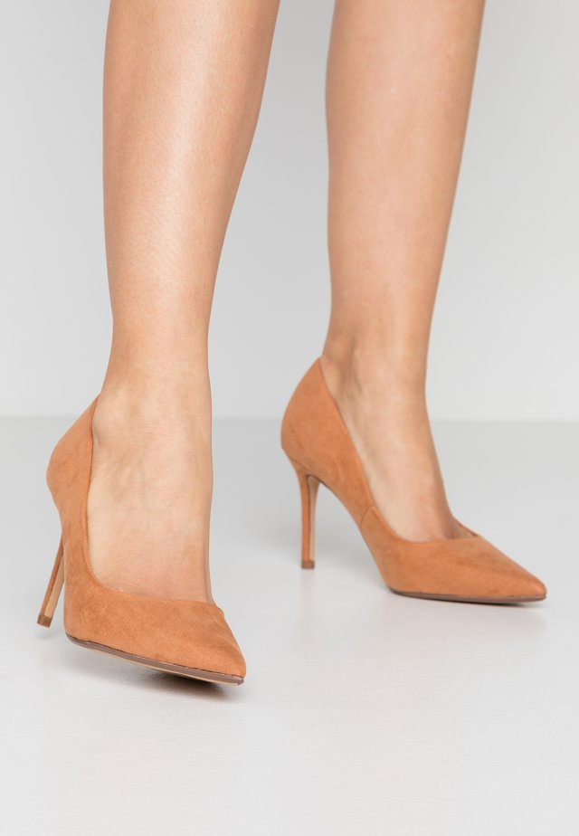 DELE POINT COURT - High heels - tan
