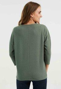 WE Fashion - MET OPENGEWERKT DESSIN - Jumper - sea green - 2
