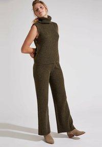 DeFacto - Trousers - khaki - 0