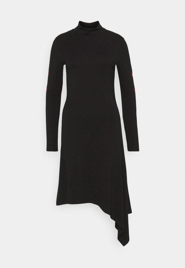 MARISSA - Žerzejové šaty - black