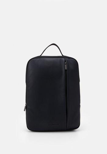 CLASSIC PRO DEVICE BAG - Rucksack - black
