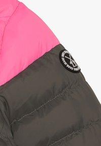 Cars Jeans - KIDS MALOU - Winter jacket - pink - 5