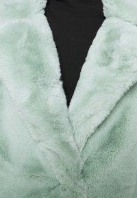 Sixth June - OVERSIZE SHORT JACKET - Winter jacket - green - 8