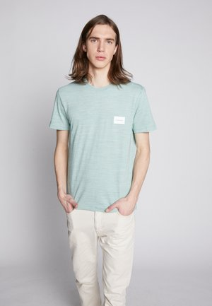 MOULINE CHEST LOGO - T-Shirt print - green