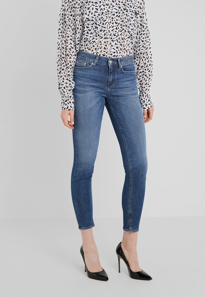 DRYKORN - NEED - Jeans Skinny Fit - mid blue wash