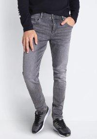 BONOBO Jeans - Slim fit jeans - grey denim - 3