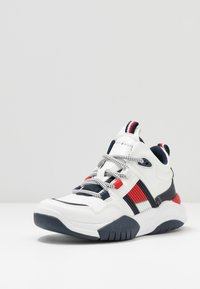 Tommy Hilfiger - High-top trainers - white - 2