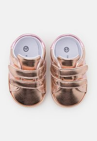 Tommy Hilfiger - First shoes - rose gold - 3