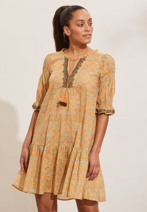 ISABELLE - Day dress - apricot tan