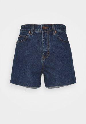NORA - Shorts di jeans - mid retro