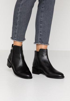 ASPEN - Kotníkové boty - black