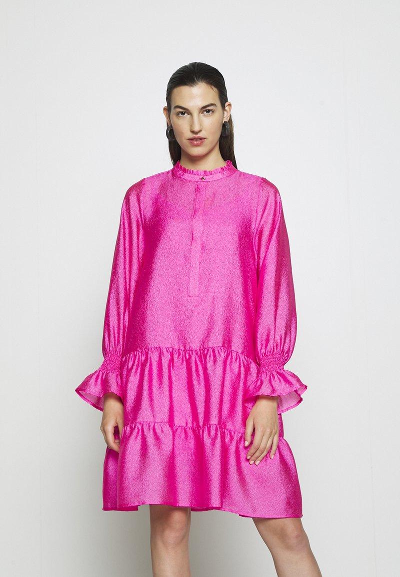 Cras - SELMACRAS DRESS - Sukienka letnia - magenta
