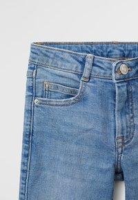 Mango - FLARE - Flared Jeans - středně modrá - 2