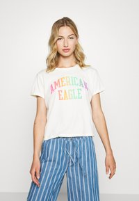American Eagle - BRANDED ROLLED SLEEVE TEE - Print T-shirt - white - 0