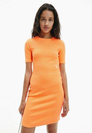 SLUB DRESS - Shift dress - shocking orange